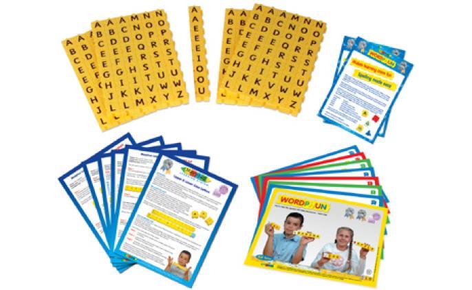 Wordphun Upper Case letters set in a bag - 42022B L