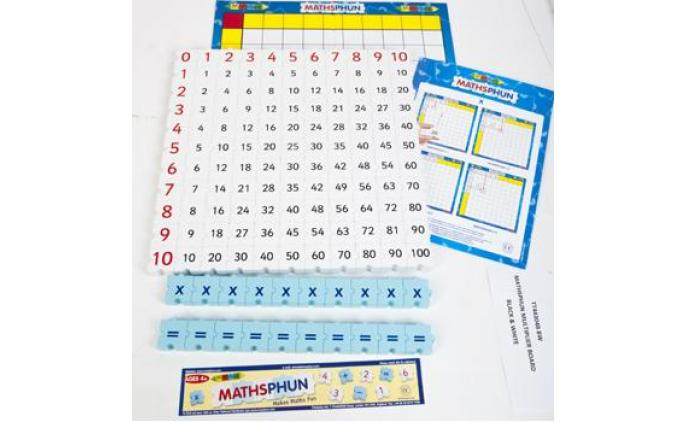 Maths Multiplier set with board in a bag (black and white) - 44304B BW